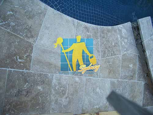 outdoor_pool_travertine_tiles_lunar_sealed